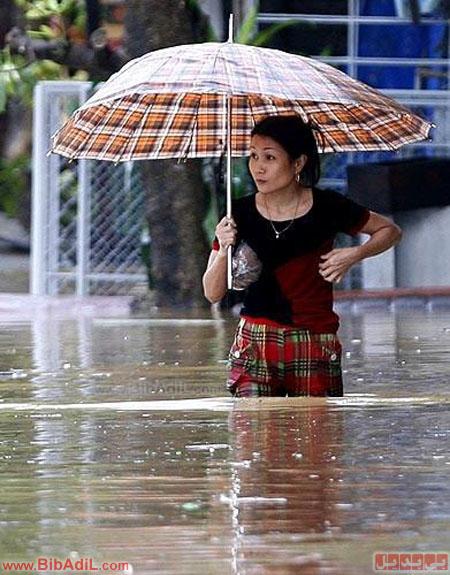 بی بدیل - عجب چتر مفیدی!